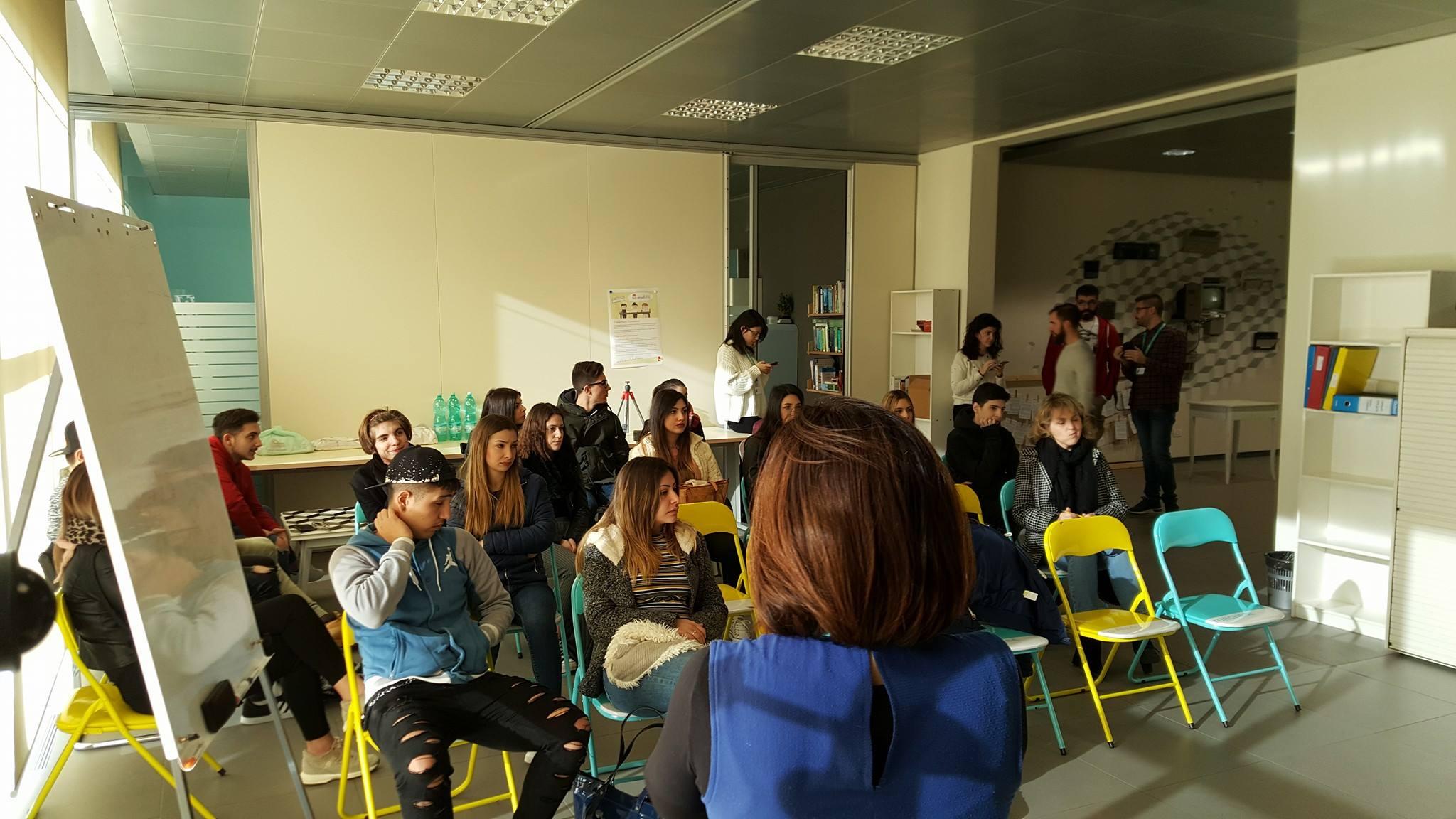 introduzione storytelling digitale scuole